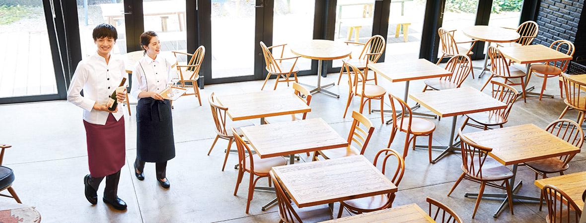 外食・サービス業向け(カフェ・レストラン)ユニフォーム・フットウェア特集ページ